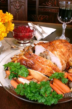 A tasty Thanksgiving dinner could be bad for pet health.