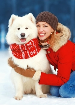 Learn tips and tricks for including your pet in your holiday card photo.